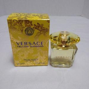Versace Yellow Diamond Spray